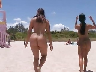 Round assed chicks from the beach