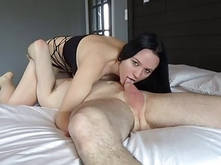 Sexy Babe With Big Tits 69 Blowjob - She Squirt On His Face Then Kiss Him